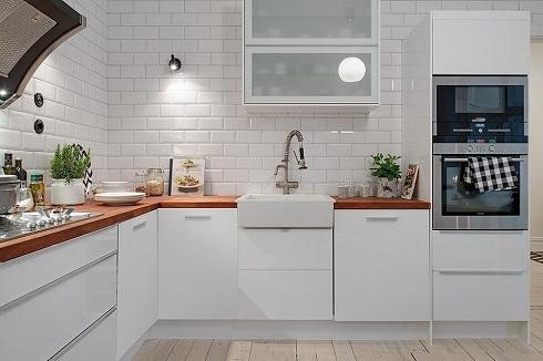 Chọn mẫu gạch ốp tường nhà bếp đẹp, giá rẻ cho ngôi nhà