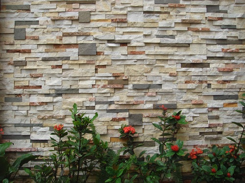 ốp gạch lên tường cũ 2